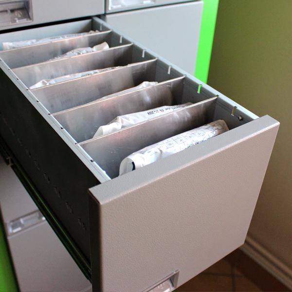 szuflada typu J - automat do narzędzi