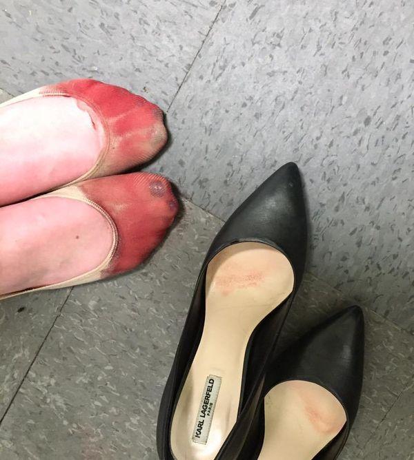 stopy kelnerki
